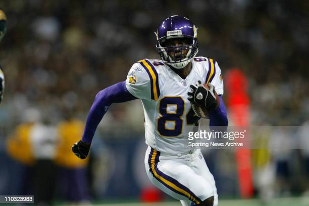 Randy Moss of the Minnesota Vikings during the Vikings 4817 loss to the St Louis Rams at the Edward Jones Dome in St Louis MO