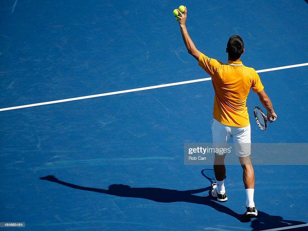 Novak Djokovic of Serbia waves to the crowd after defeating Alexandr Dolgopolov of the Ukraine in three sets during the semifinals of the Western & Southern Open at the Linder Family Tennis Center on August 22, 2015 in Cincinnati, Ohio.