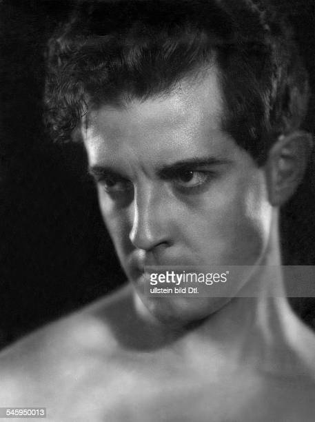 Novarro Ramon Actor Mexico*06021899 Portrait 1928 Photographer Atelier Angelo Published by 'Uhu' 12/1928Vintage property of ullstein bild