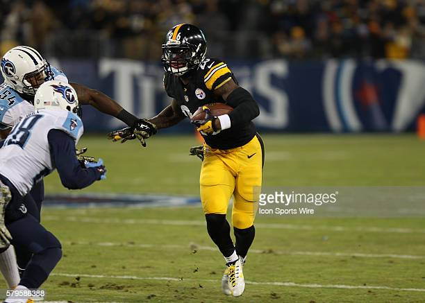 Le'Veon Bell Pittsburgh Steelers running back looks for an opening during the game between the Pittsburg Steelers and Tennessee Titans at LP Field in...