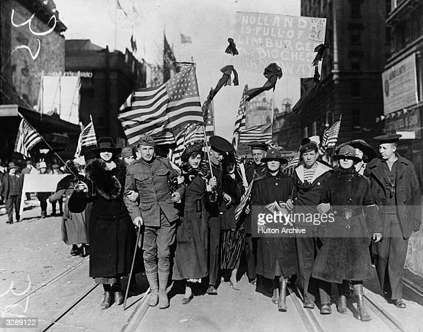 Peace celebrations in the USA following the end of the First World War