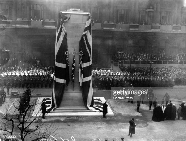 King George V unveils the cenotaph in Whitehall, London.