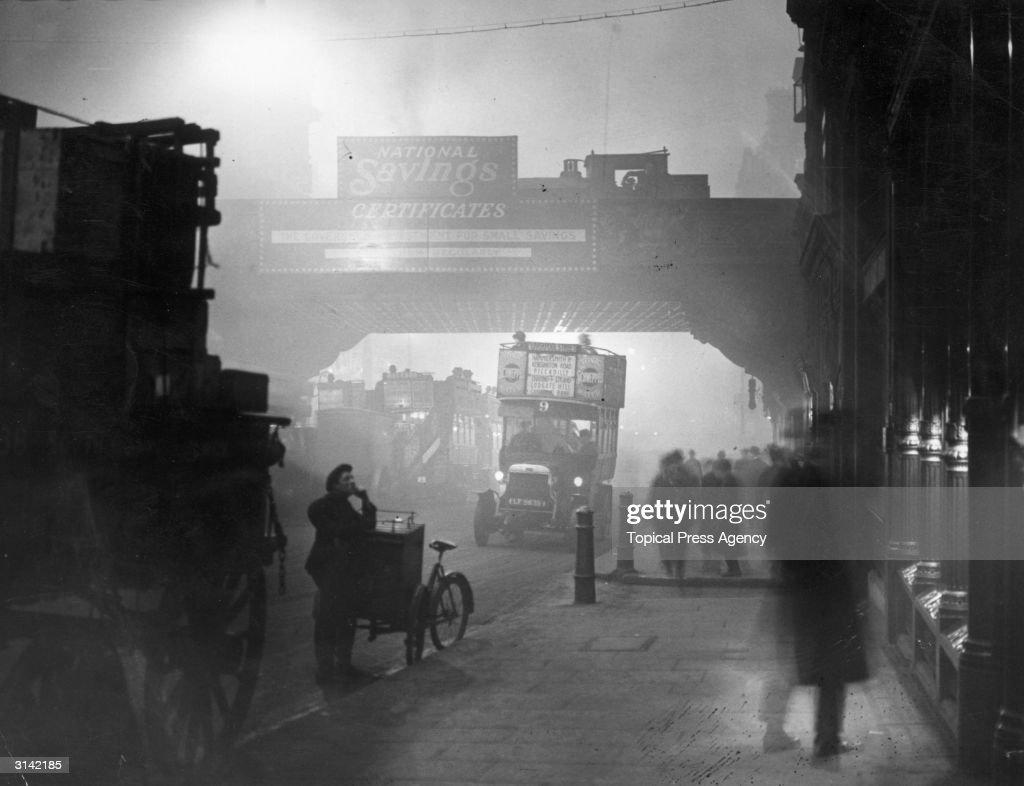 London Smog : News Photo