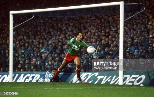 November 1986 - Football League Division 1 - Everton v Liverpool - Liverpool goalkeeper Bruce Grobbelaar - .