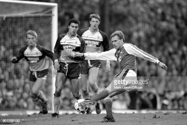 19 November 1988 London _ Football League Division One Arsenal v Middlesbrough Kevin Richardson of Arsenal takes a shot