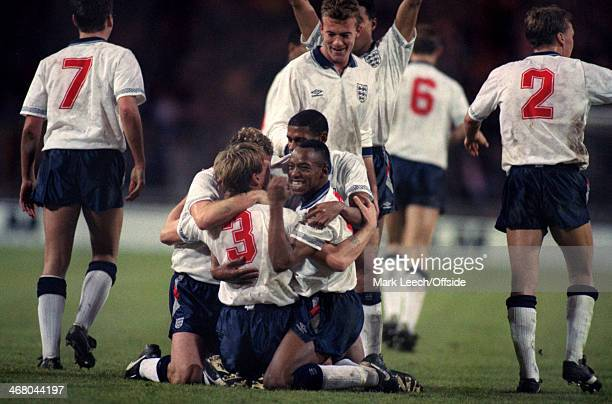 18 November 1992 World Cup Qualifier England v Turkey Stuart Pearce celebrates his free kick goal with England teammate Ian Wright who looks towards...