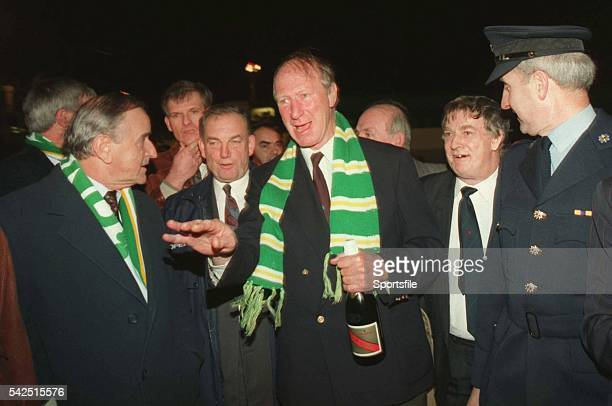 17 November 1993 Taoiseach Albert Reynolds TD welcomes Irish manager Jack Charlton at Dublin Airport on the teams return from the 11 draw with...