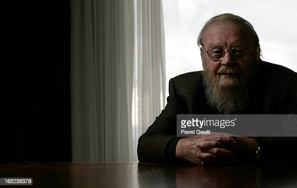 November 2 2008 Canadian Author Farley Mowat poses for a portrait at the Westin Harbour Castle Hotel in Toronto Ontario Mowat was in town to promote...