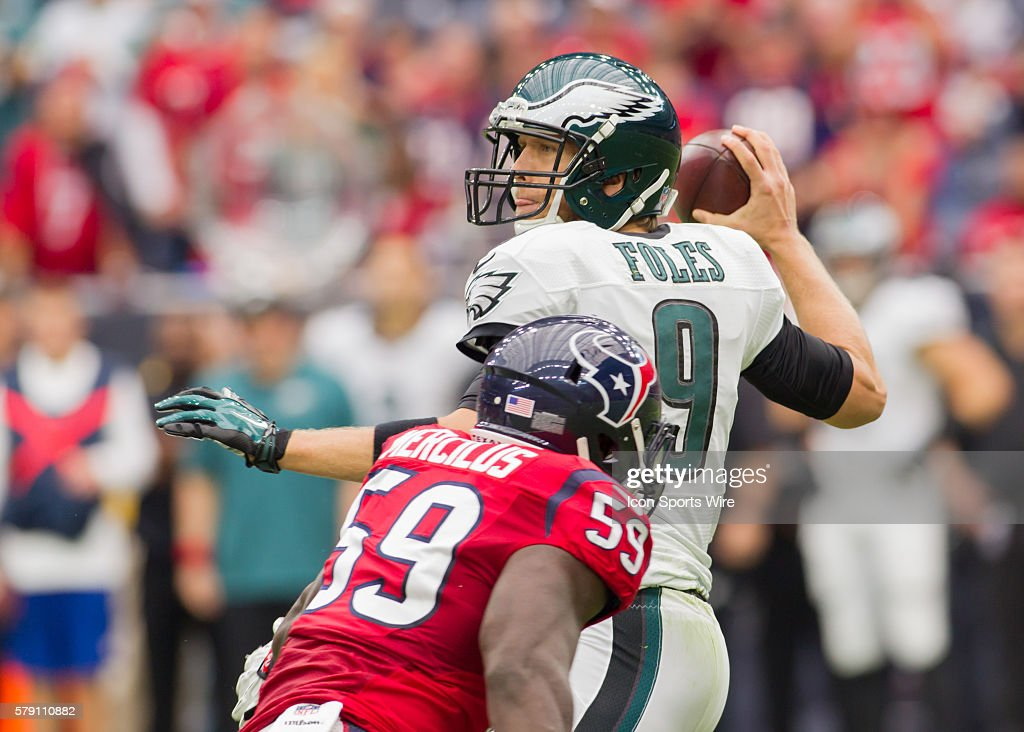 NFL: NOV 02 Eagles at Texans : News Photo
