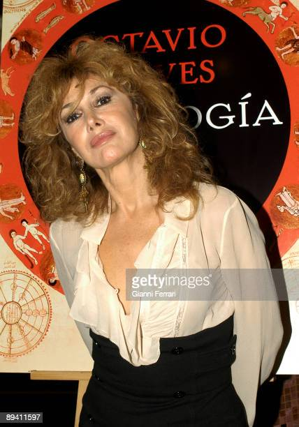 November 20 2007 Madrid Spain The actress Victoria Vera during the presentation of the book 'Astrologia' by Octavio Aceves writer
