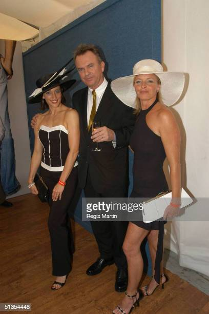 4 November 2003 Australian actors GEORGIE PARKER SAM NEIL and TAMMY MACINTOSH at the Flemington Racecourse for the Melbourne Cup Day during the...