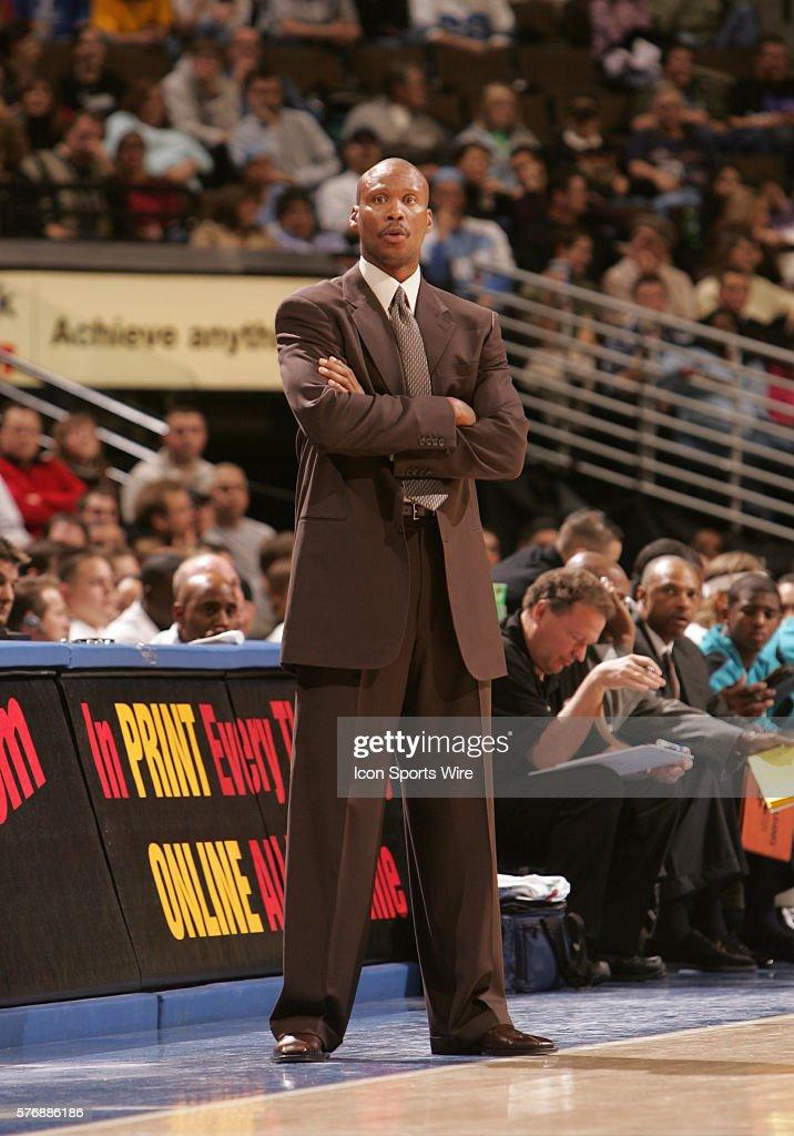 Basketball - NBA - Hornets vs. Nuggets : News Photo