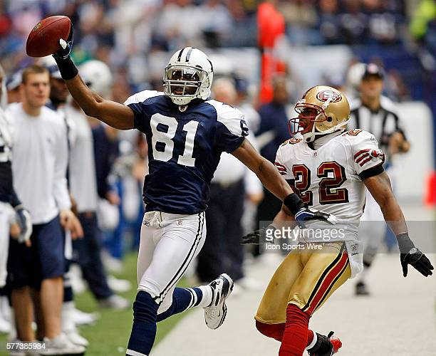 23 November 2008 Terrell Owens of the Dallas Cowboys catches one of his seven passes for 213 yards during the Cowboys 3522 win over the San Francisco...