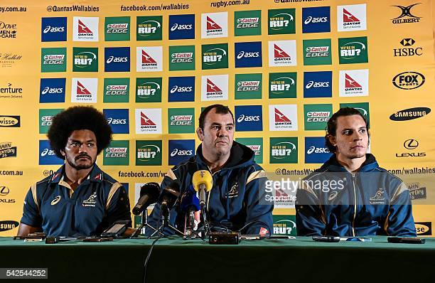 20 November 2014 Australia head coach Michael Cheika with Henry Speight left and Matt Toomua right during a press conference ahead of their side's...