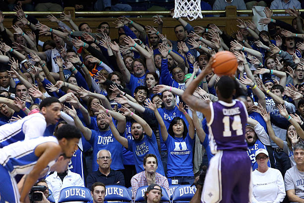 141c2cbeb42e NCAA BASKETBALL  NOV 26 Furman at Duke Pictures