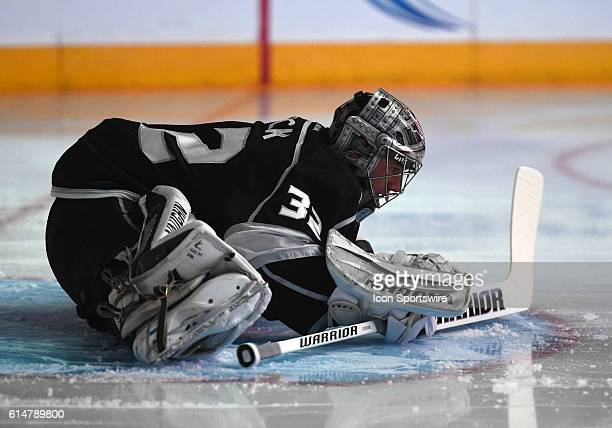 Los Angeles Kings Goalie Jonathan Quick [5348] during an NHL game between the Carolina Hurricanes and the Los Angles Kings at STAPLES Center in Los...