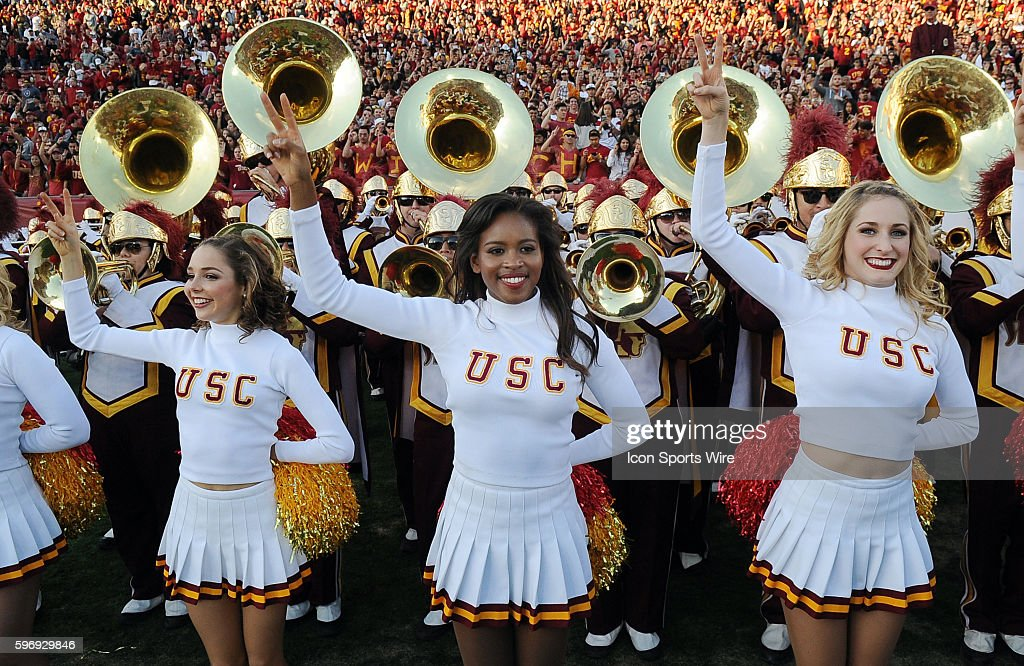 NCAA FOOTBALL: NOV 28 UCLA at USC : News Photo