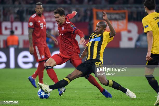 Soccer Champions League Bayern Munich AEK Athens Group stage Group E 4th matchday in the Allianz Arena Leon Goretzka of Munich and Alef of Athens...