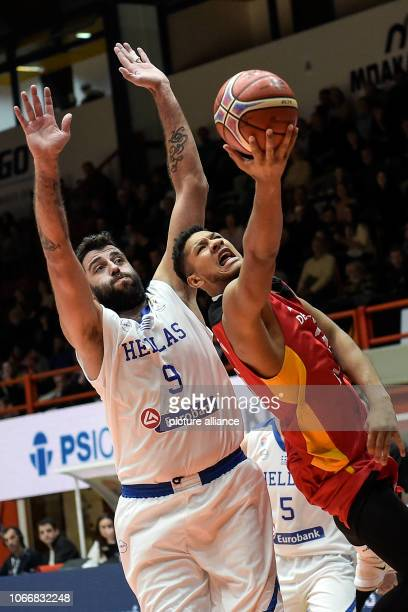 Basketball World Cup qualification Greece Germany Europe 2nd round Group L 3rd matchday The German Crimea Jallow and the Greek Ioannis Bourousis...