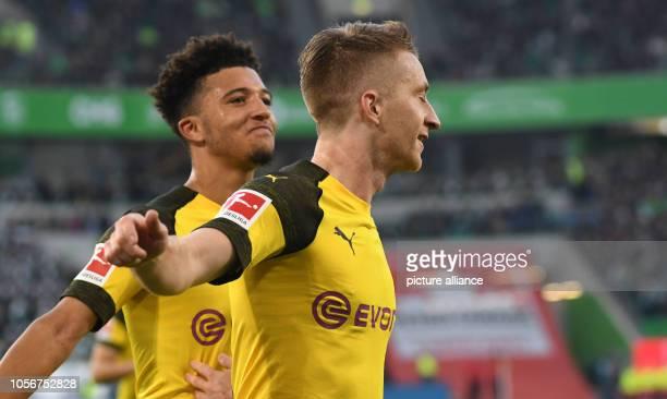 03 November 2018 Lower Saxony Wolfsburg Soccer Bundesliga 10th matchday VfL Wolfsburg Borussia Dortmund in the Volkswagen Arena Dortmund Marco Reus...