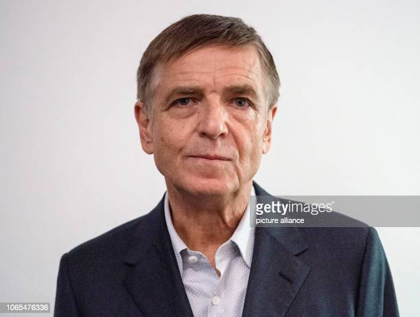 26 November 2018 North RhineWestphalia Düsseldorf Andreas Gursky artist is about to receive the Grand Cultural Award of the SparkassenKulturstiftung...