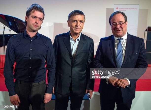 26 November 2018 North RhineWestphalia Düsseldorf Camillo Grewe artist Andreas Gursky artist and Armin Laschet Prime Minister of North...