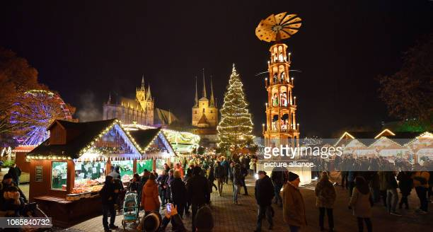 Thousands of lights shine on the Erfurt Christmas Market on the opening day In the state capital events traditionally begin with a fairytale...