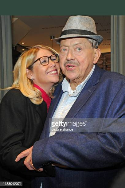 Joseph Hannesschläger actor and his wife Bettina Geyer come to the premiere of his film Schmucklos Der Film at the RioFilmpalast The comedy and...
