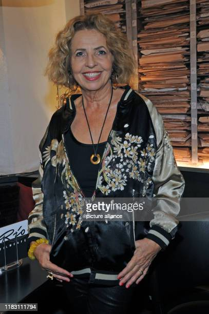 The actress Michaela May comes to the premiere of her film Schmucklos Der Film at the RioFilmpalast The comedy and a homage to the Munich cult films...
