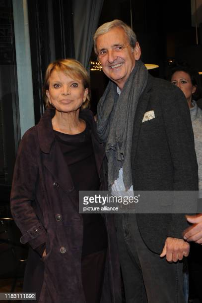 The actress Uschi Glas and her husband Dieter Hermann come to the film premiere of the film Schmucklos Der Film at the RioFilmpalast The comedy and a...