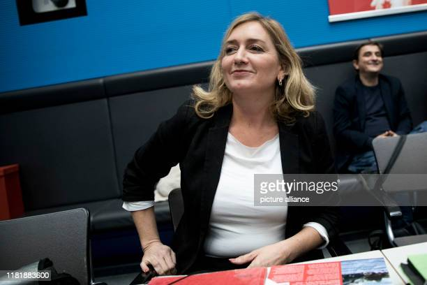 November 2019, Berlin: Caren Lay , member of the Bundestag with a constituency around Bautzen and Hoyerswerda, before the beginning of the session of...