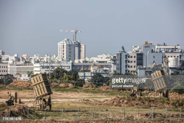 November 2019, Israel, Ashdod: Two Israeli Iron Dome rocket defence systems are deployed. Two senior Islamic Jihad leaders were targeted in Israeli...
