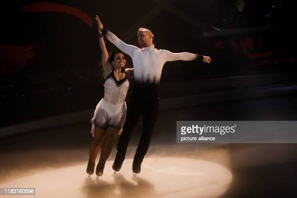 17 November 2019 North RhineWestphalia Cologne Eric Stehfest actor and Amani Fancy ice dancer stand on the ice in the live show of the SAT1 show...