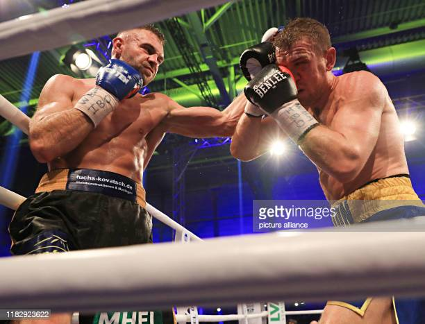 08 October 2019 Saxony Anhalt Halle Saale At The Stare Down The German Boxing Pro Dominic Bosel L And The Swede Sven Fornling Face Each Other In Halle The European Champion Bosel In
