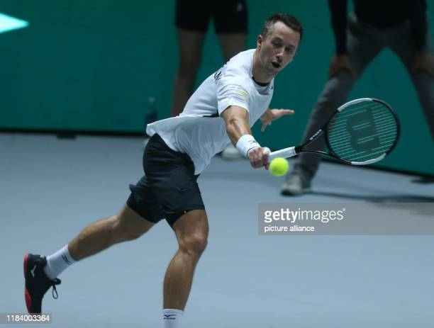 November 2019, Spain, Madrid: The tennis player Kyle Edmund fron Great Britain defeated Philipp Kohlschreiber from Germany 6-3, 7-6, for...