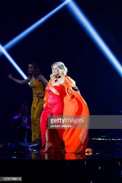 20 November 2020 BadenWuerttemberg Offenburg The musician Beatrice Egli performs during a TV recording The Bavarian Broadcasting Corporation Swiss...