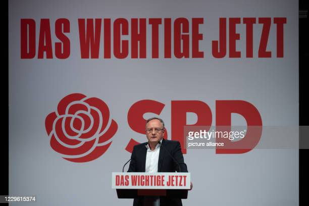 November 2020, Baden-Wuerttemberg, Stuttgart: Andreas Stoch, state chairman of the SPD Baden-Württemberg, speaks during a one-day online party...