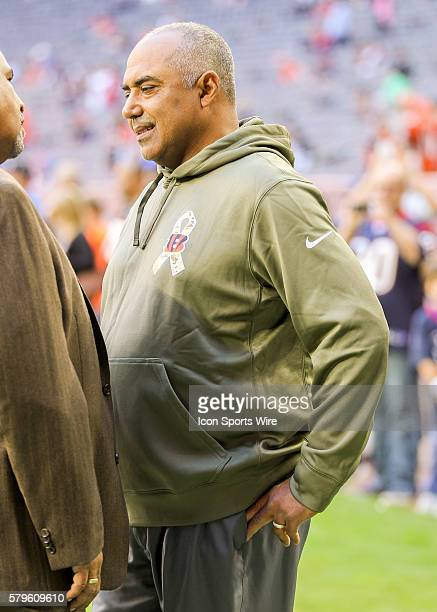 Cincinnati Bengals head coach Marvin Lewis during the NFL game between the Cincinnati Bengals and the Houston Texans at NRG Stadium in Houston TX