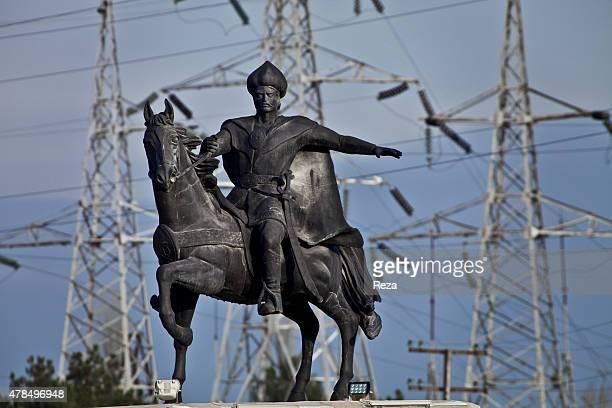 November 26 Khachmaz City, Azerbaijan. A statue of Shah Ismail Khatai is located at the entrance gate to Khachmaz City. Shah Ismail was the founder...