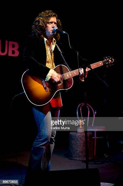November 29, 2008. Madrid, Spain. The singer Ted Russell Kamp in concert.