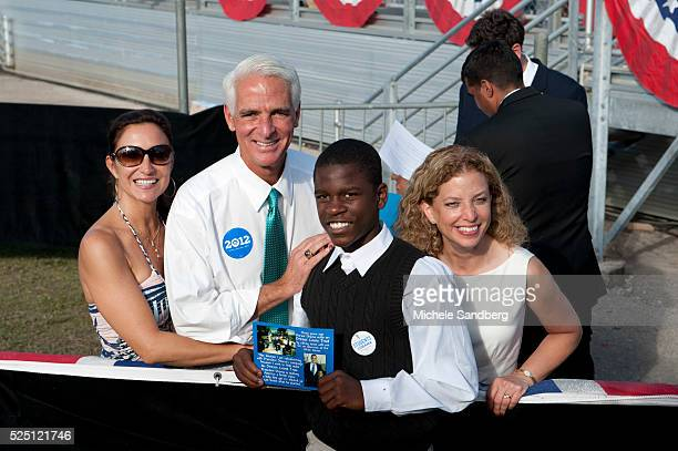 November 4 2012 GOVERNOR CHARLIE CRIST AND HIS WIFE DAMON WEAVER CONGRESSWOMAN DEBBIE WASSERMAN SCHULTZ President Obama Campaigns At Grassroots Event...