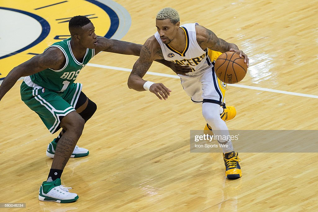 NBA: NOV 04 Celtics at Pacers : News Photo