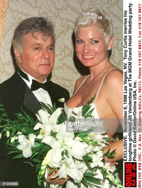 November 6 1998 Las Vegas Nv Exclusive Tony Curtis Marries His Longtime Girlfriend Jill Vandenberg