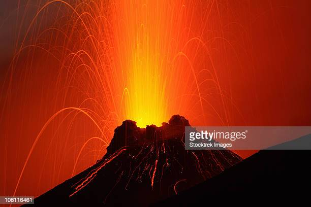 november 6, 2006 - stromboli eruption, aeolian islands, north of sicily, italy. - volcanic activity stock pictures, royalty-free photos & images
