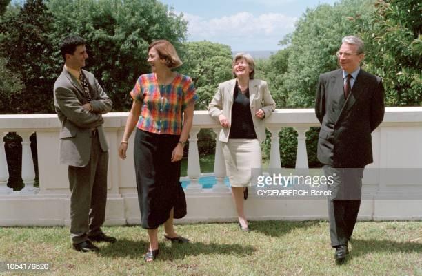 Novembre 1998 La ministre de l'Environnement Dominique VOYNET en Argentine pour participer à la conférence des Nations Unies sur les changements...