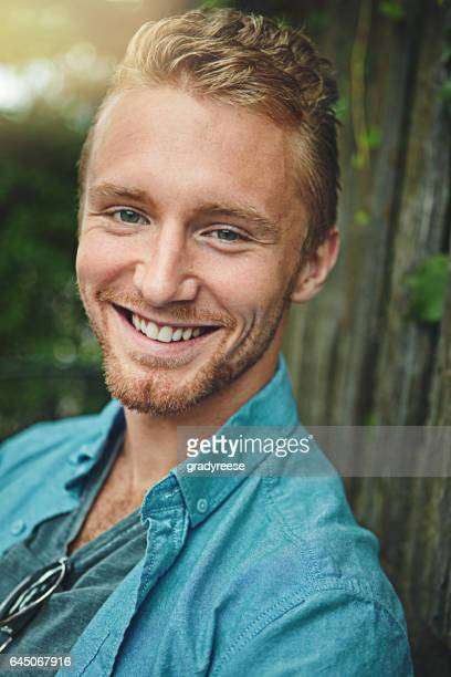 now that's a winner's smile - green eyes stock pictures, royalty-free photos & images