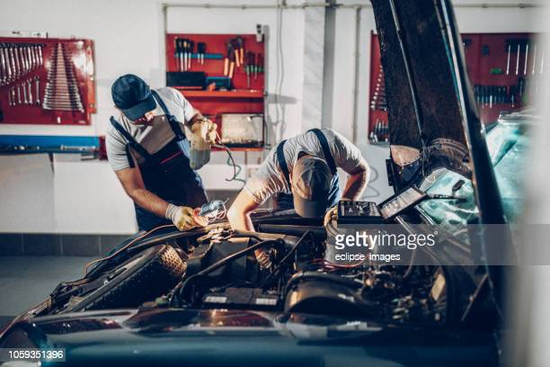 now you can learn from me - auto repair shop stock pictures, royalty-free photos & images