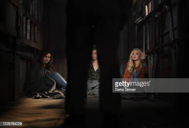 Nowhere to Run Forced to form an unlikely team, Cassie and Jenny set out to continue the search for the missing girls. Meanwhile, Danielle, Grace and...