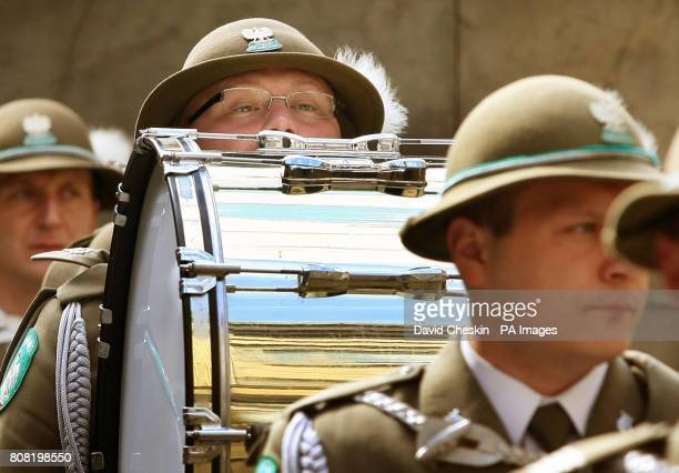 Nowy Sscz's the Border Guard of the Polish Republic play in Edinburgh's Quadrangle. The band part of the Edinburgh Tattoo played for the Lord Provost...