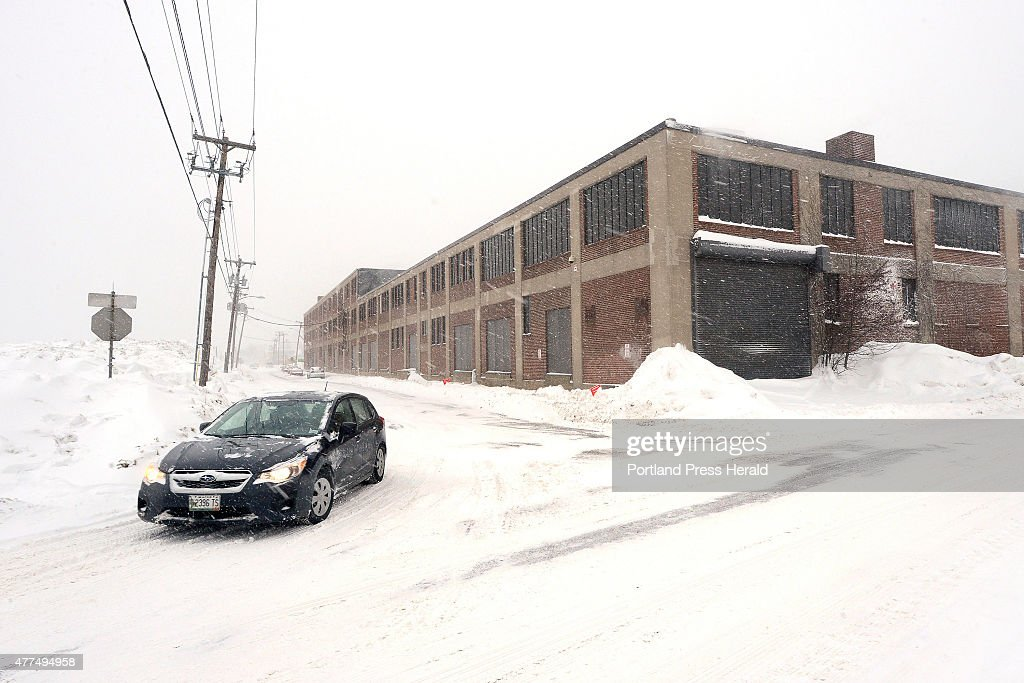 Merveilleux Noyes Self Storage Building Along Somerset St. Snowstorm : News Photo